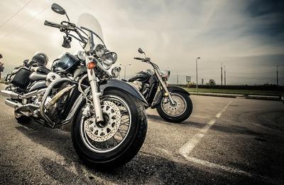 motorcycle-2197863_1920.jpg